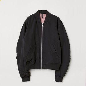 ✳️3 for $25  H&M divided jacket size  US 4